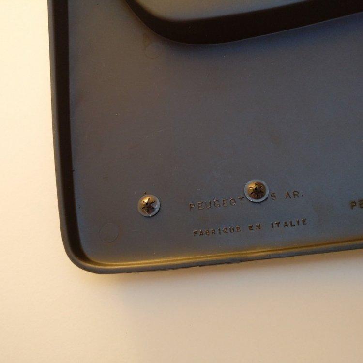 gti badge clips.jpg